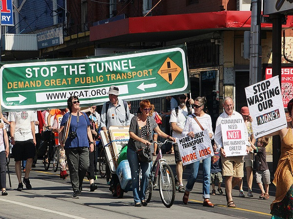 east west link protest