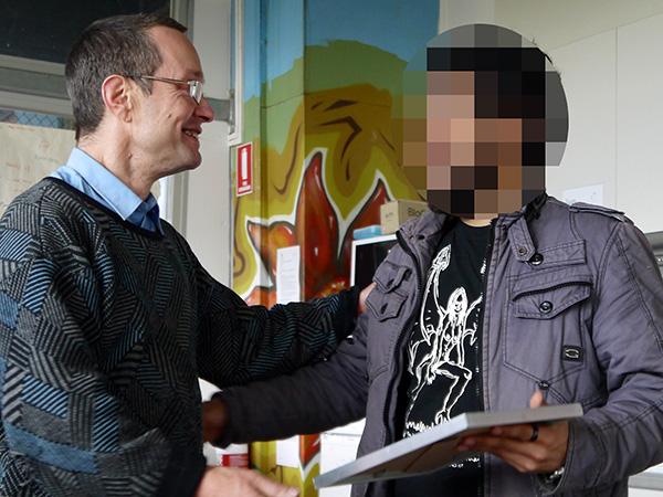 Welcome Home Asylum Seeker Picnics connects asylum seekers..