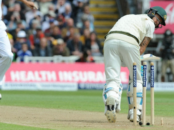 Cracks in Australia's middle order become chasms