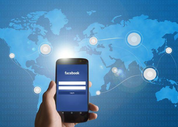 Senator Xenophon hits out at Facebook