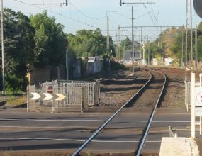Level crossing removal frustrates community