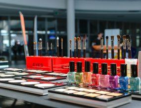 Australian cosmetic brand Klara Cosmetics needs you!