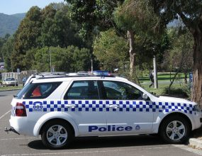 Victorian police officers to wear body cameras