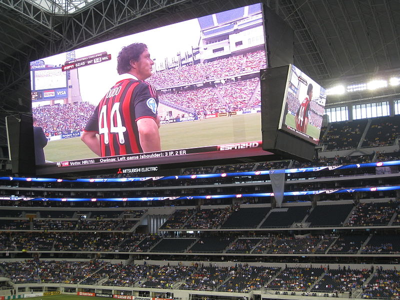 Cowboys Stadium is really 'not all that'