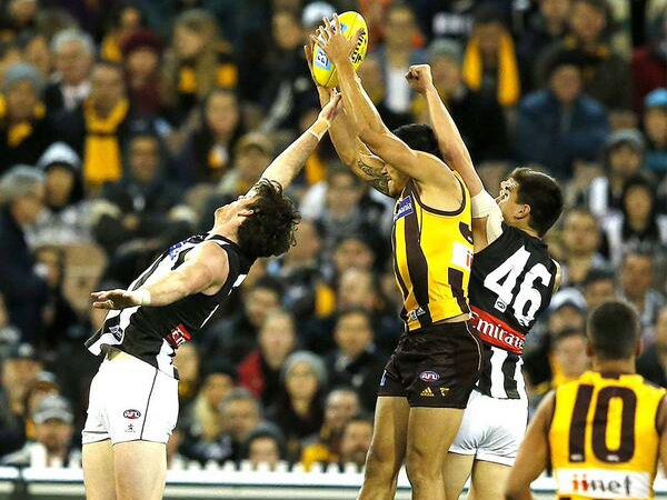 Hawthorn's dominant display over Collingwood sees it remain..