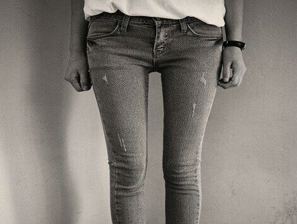 Mind the thigh gap