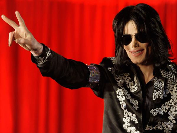 <em>50 Interviews</em> &#8211; Forever the King of Pop