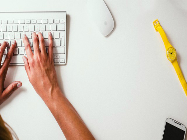 Fans Unite is seeking bloggers, writers and journalists who..