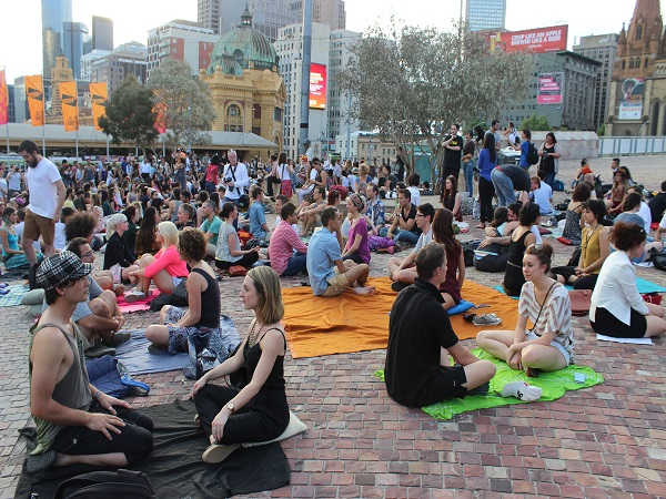 Melbourne hosts eye contact experiment