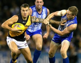 Richmond superstar Dustin Martin has agreed to stay a Tiger..