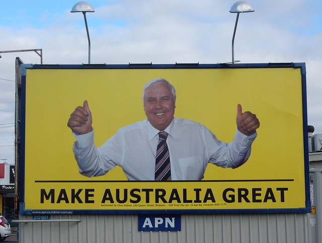 Clive Palmer $400,000 candidate contract