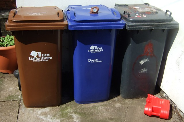Melbourne Girls' College to remove all bins