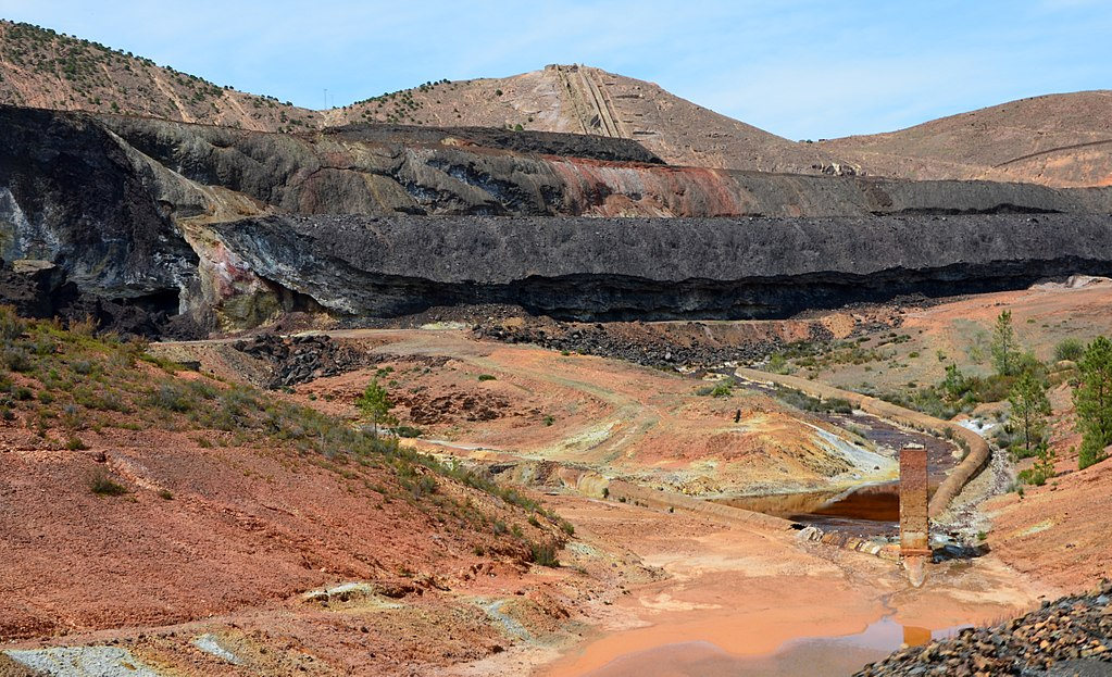 Rio Tinto criticised for Pilbara PR