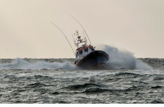 Rescue operation underway for stranded SA fishermen