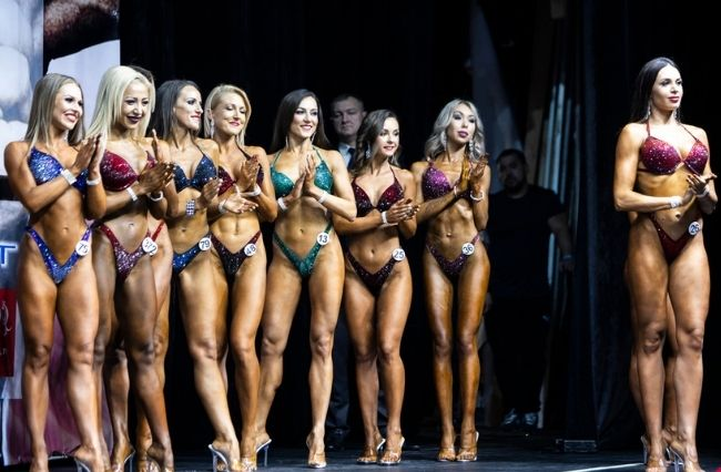 Bodybuilding: Posing against the stigma