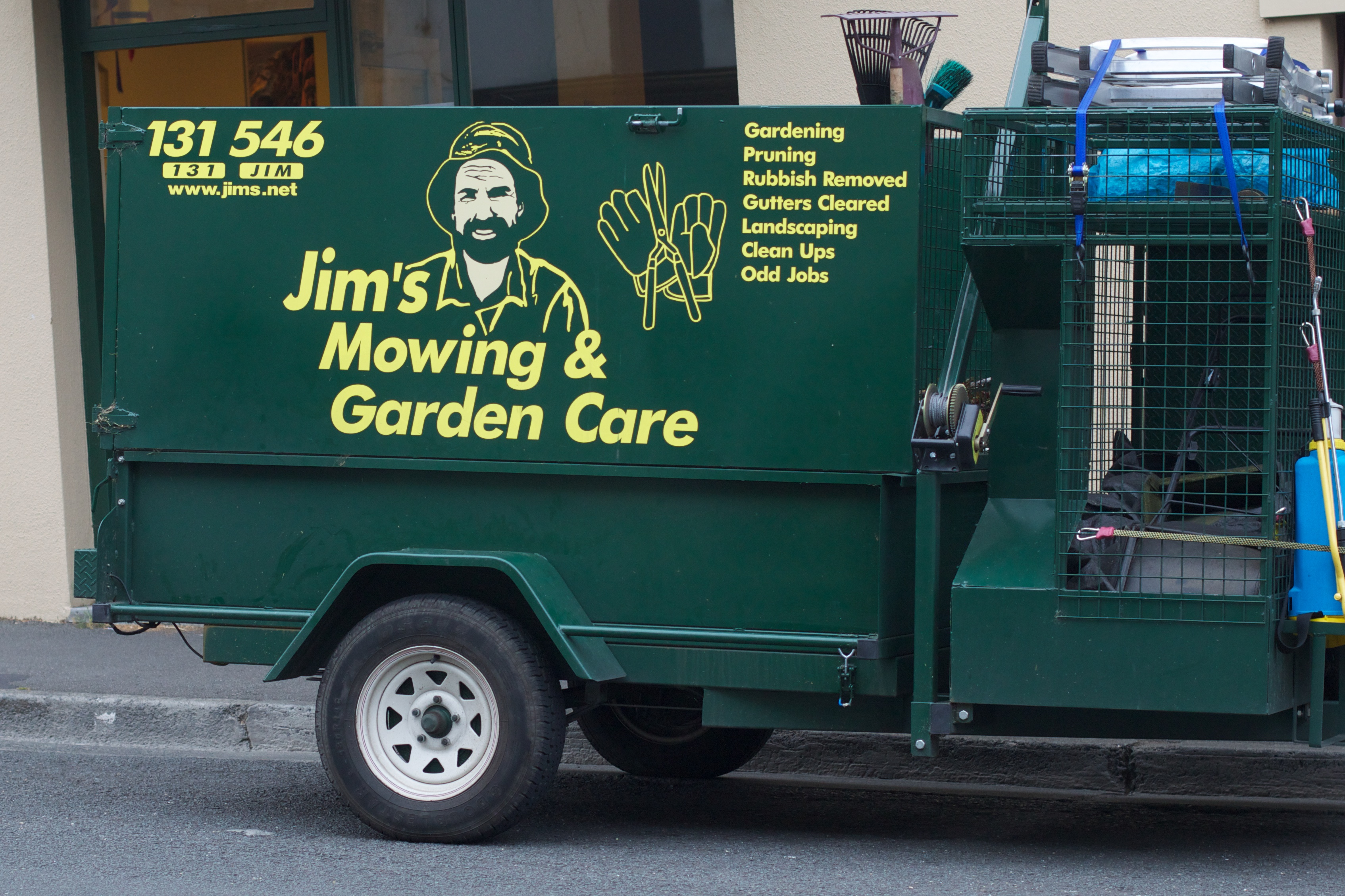 Jim's Mowing plans lawsuit against the Victorian Government