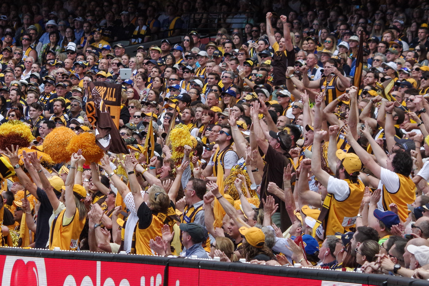 AFL crowds increase to 75 percent capacity
