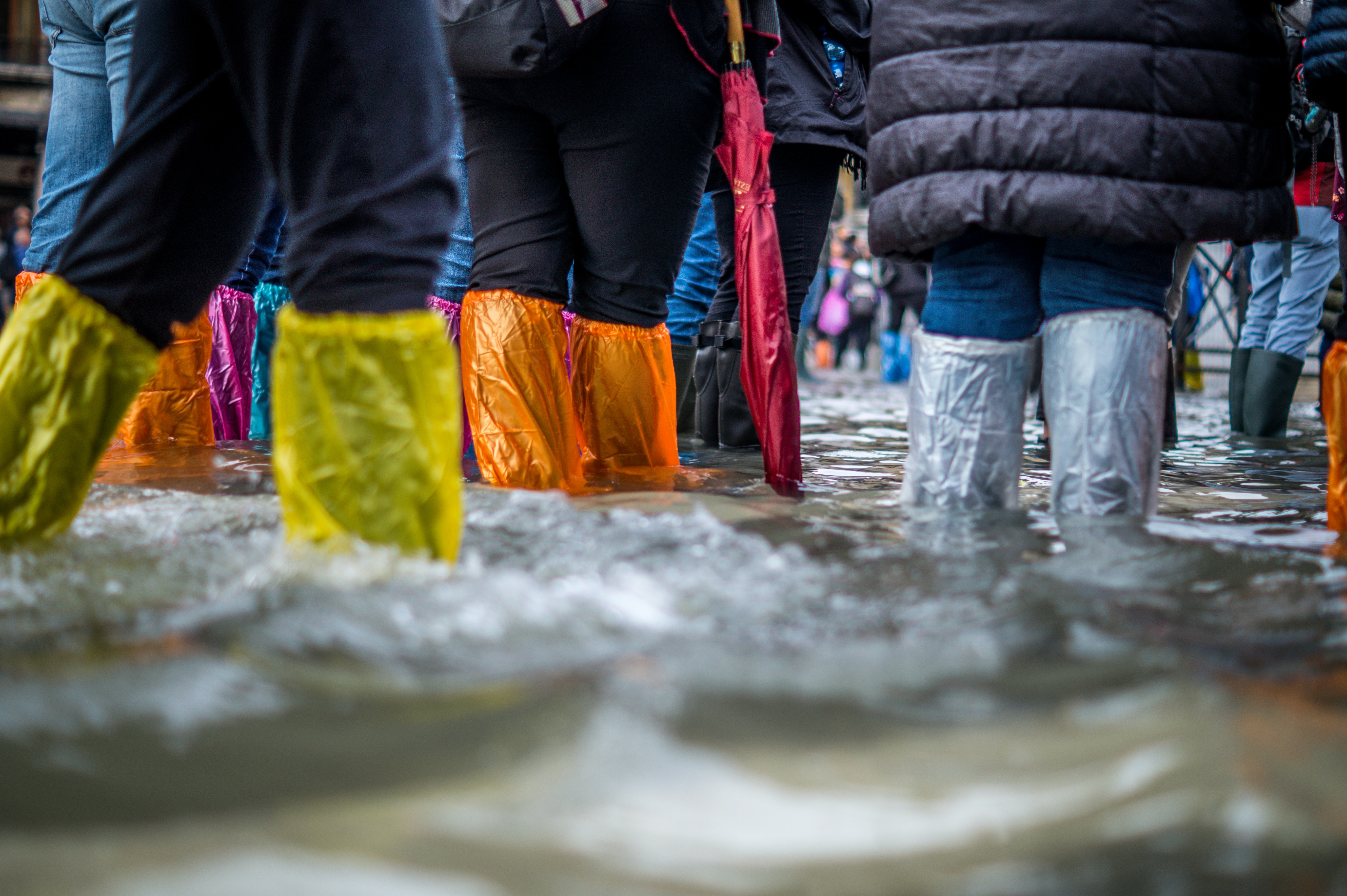 Queensland's emergency flood threat passed