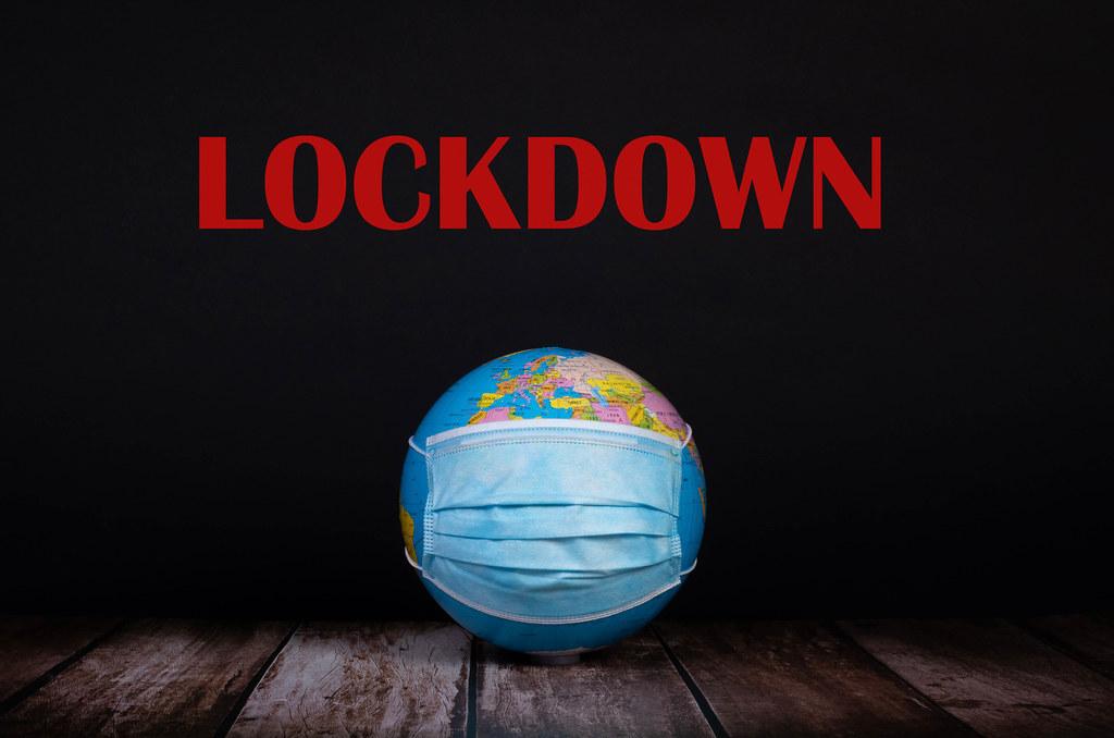 Victoria heads into lockdown
