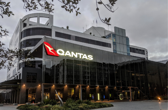 Qantas stands down 2,500 staff amid Sydney outbreaks